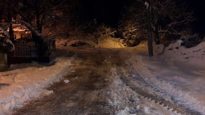 Akçakoca Belediyesi Tüm Ana Arterleri Açtı