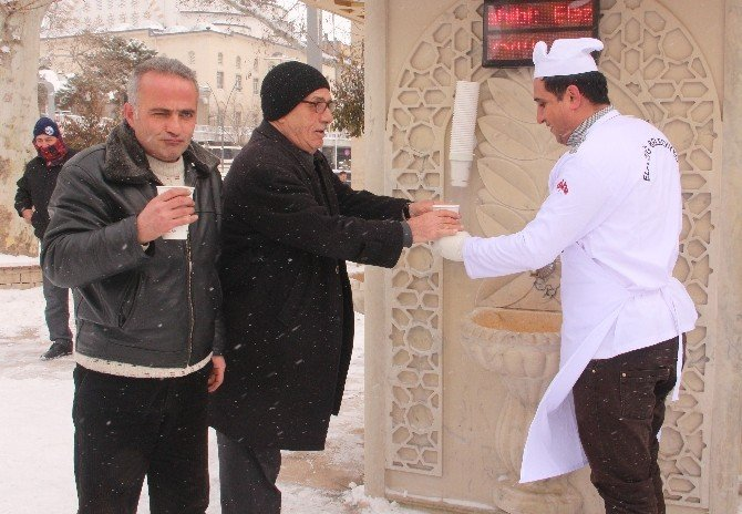 Elazığ'da Karda Çorba İkramı