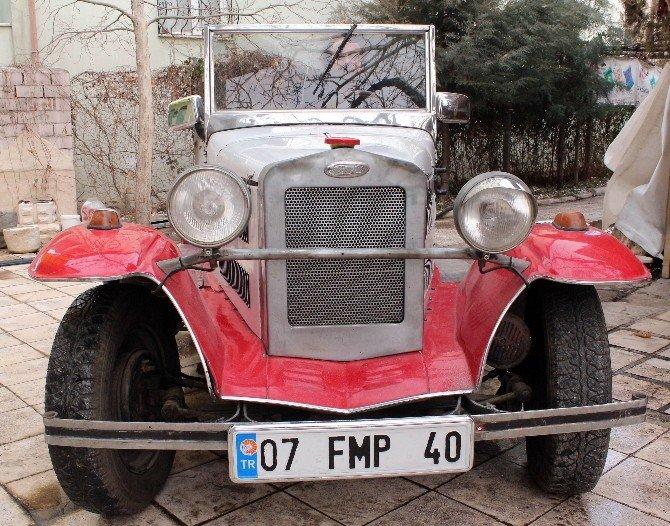 Cumhuriyetle Yaşıt Otomobil