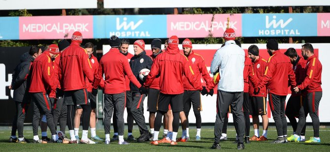 Galatasaray'da kupa ve lig hazırlıkları sürüyor