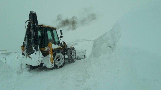 Giresun'da 460 Köy Yolu Ulaşıma Kapandı