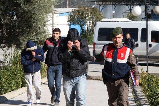 Milas'ta Hırsızlık Şüphelisi 2 Kişi Yakalandı
