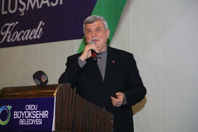 Başkan Karaosmanoğlu, ''Ülkemizde Özgürsek Şehitlerimiz Hürmetinedir''