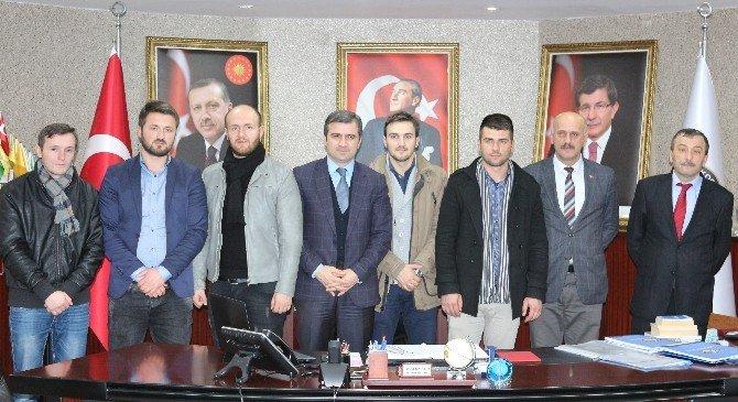 Makedonyadan Öğretmenler Başkan Yemenici'yi Ziyaret Etti