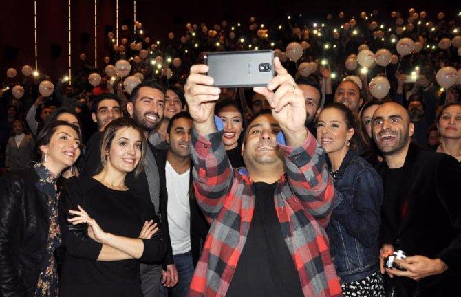 'Dedemin Fişi'nin İzmir galası yapıldı