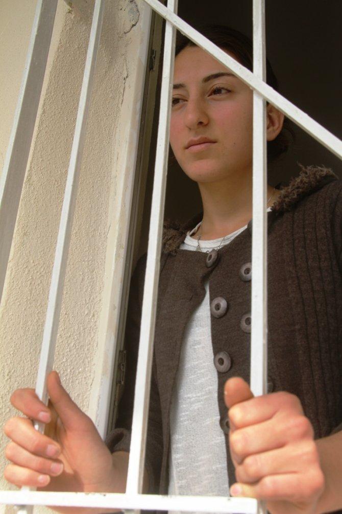 Ölümle tehdit edilen çocuk gelin Esra, Emine Erdoğan'dan yardım bekliyor