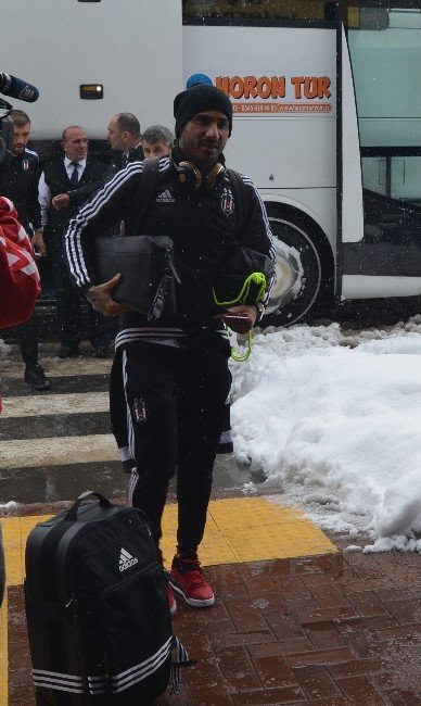 Beşiktaş Trabzon'dan Ayrıldı