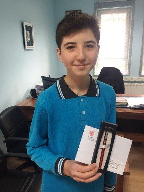 TEOG Birincisi'ne Milletvekili Kırcıdan Ödül