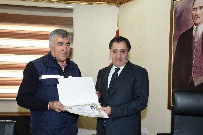İl Afet Ve Acil Durum Müdürlüğü Ve Göç İdaresi Müdürlüğü Yöneticileri Ödüllendirildi
