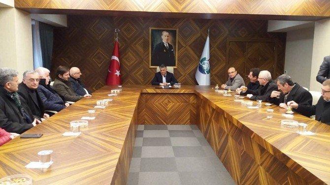 Yalova Belediye Başkanları Rize Valisini Ziyaret Etti