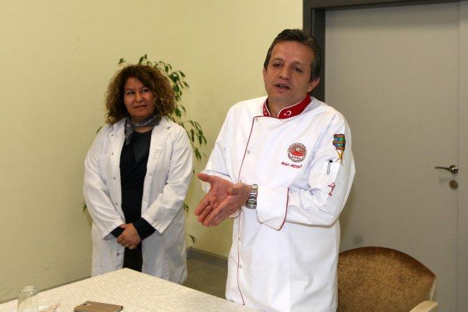 Ünlülerin aşçısı YENİMEK aşçılarıyla buluştu