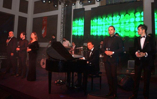 Eczacılar Enbe Orkestrası ile stres attı
