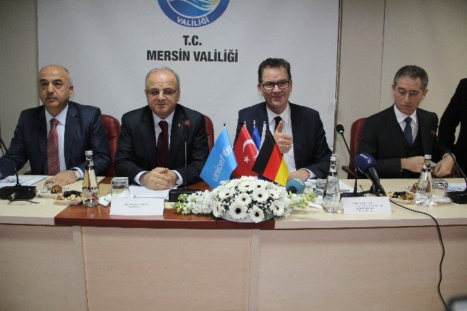 """Alman Bakan Muller: """"Suriye İçin Görev Üstlenmek İstemeyen Devletler Türkiye'yi Örnek Alsın"""""""