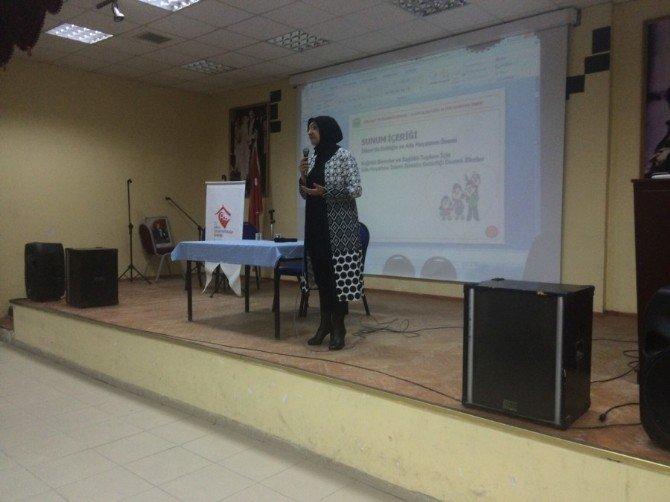 Aile Eğitim Programı Kapsamında Ocak Ayında 745 Kişiye Eğitim Verildi