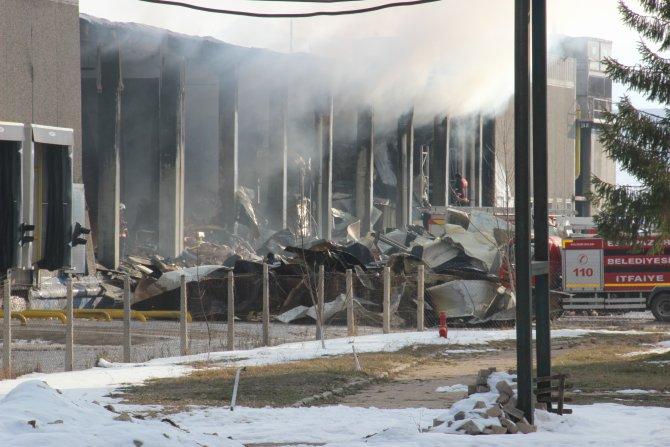 Vali Özcan: Tesisi yanan Aytaç 200 kişiyi işten çıkardı