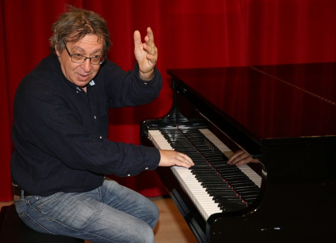 Ünlü besteci Steven Lebetkin üniversite öğrencileriyle buluştu