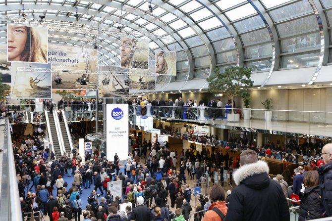 Düsseldorf Boot fuarı turizmcilere moral verdi
