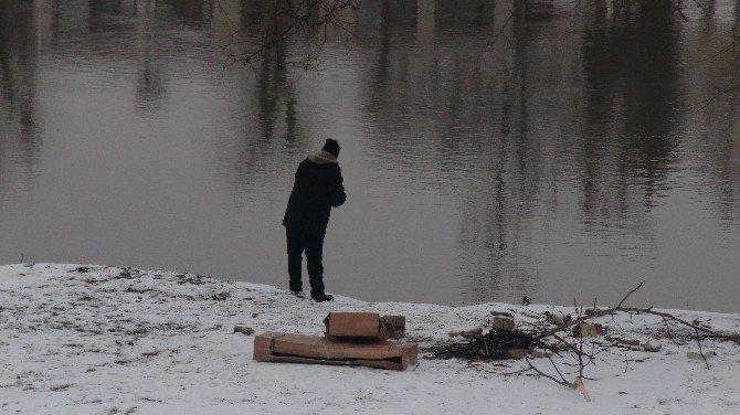 Edirne'de Madde Bağımlısından Tehlikeli Hareketler