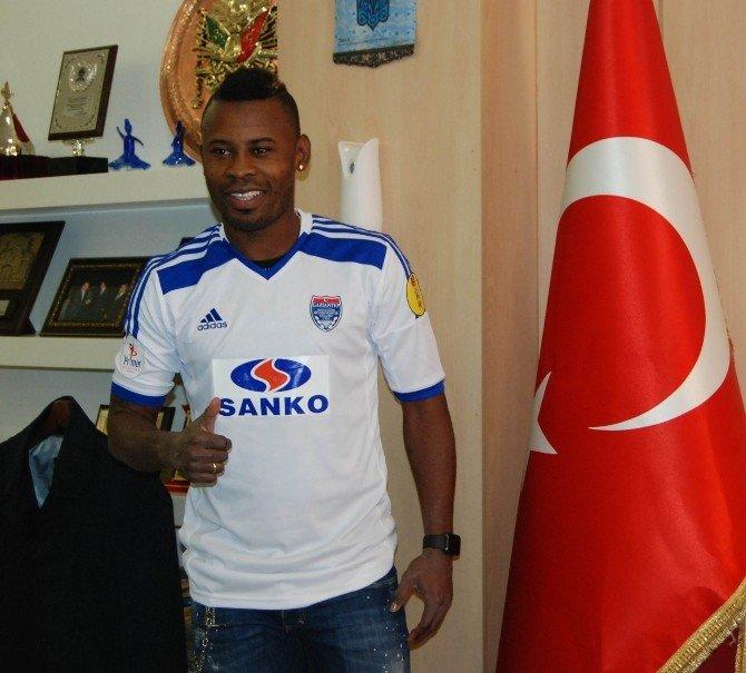 Gaziantep Büyükşehir Belediyespor Transfere Doymuyor