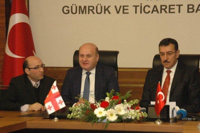 Gürcistan İle E-tır Projesi İmzalandı