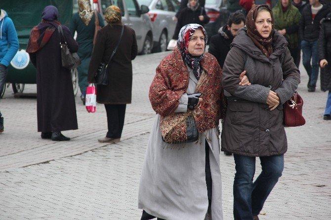 Bursa Buz Kesti, Akan Sular Dondu