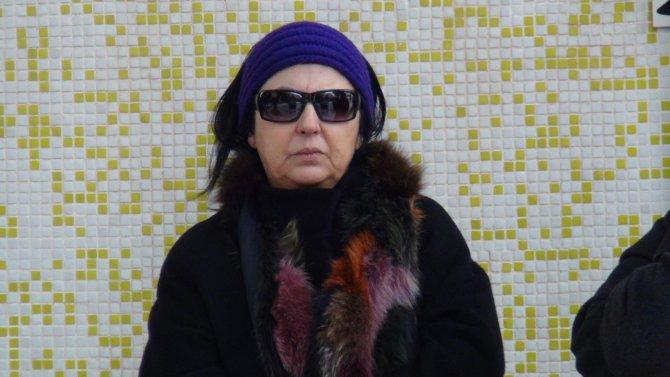 Ünlü besteci Ergüder Yoldaş, Urla Zeytinalanı'nda defnedildi