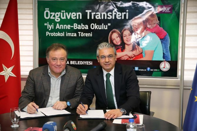 Karşıyaka Belediyesi 'İyi Anne-Baba Okulu' açıyor