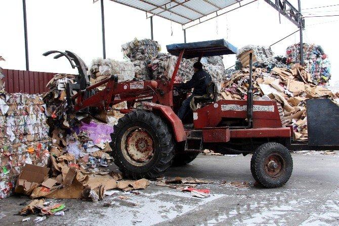 Çöpten, Ekonomiye 2,5 Milyon TL Geri Kazanım