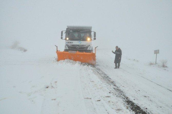 Kar Küreme Ve Tuzlama Çalışmaları