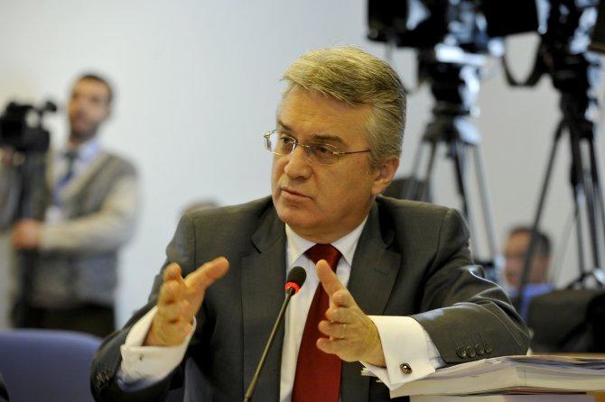 Mehmet Günal: Sayıştay raporları 'kuşa çevrilerek' önümüze geliyor