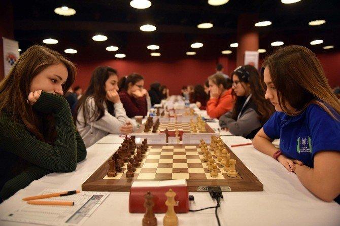 Satranç Festivali Manavgat'ta Başladı