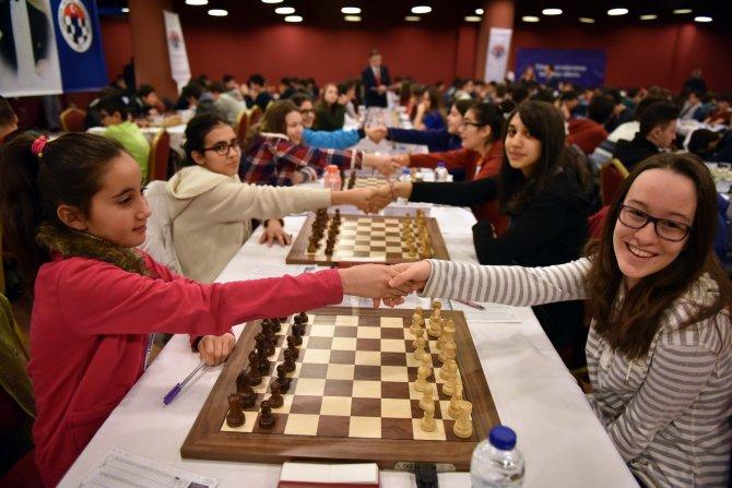 Gülkız Tulay: Satranç parklarda çocuklar satrançla küçük yaşta tanışacak