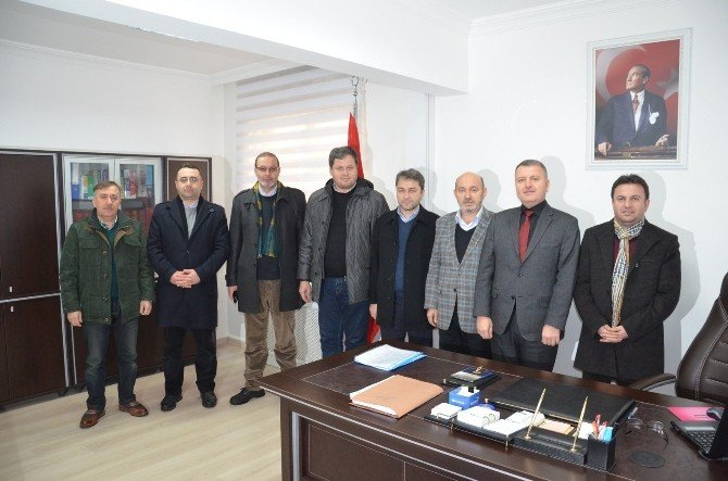 AK Parti'den Vergi Dairesine Ziyaret