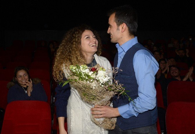 Sinemada Film Gibi Evlenme Teklifi