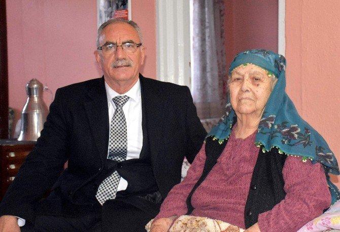 Başkan Kale'den Yaşlı Kadına Destek