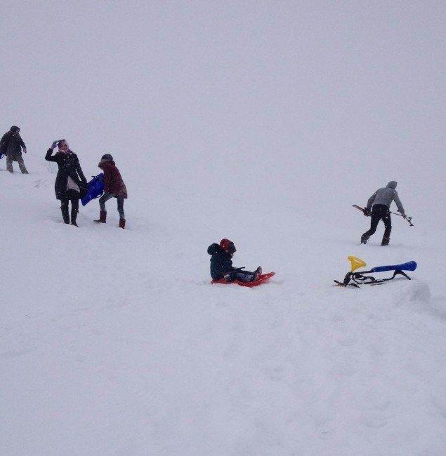Aladağ Sömestri Tatilinde Kayakseverlerin Adresi Oldu