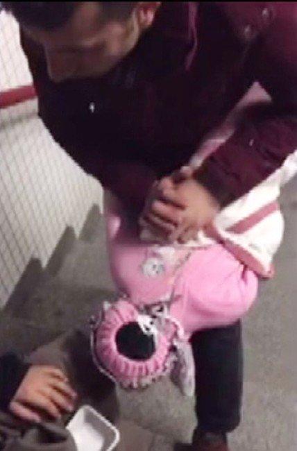 Dilencinin Kucağındaki Bebek Sahte Çıktı