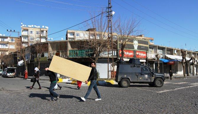Sur'da yasak genişletildi, büyük göç dalgası başladı