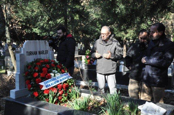 Çanakkale'nin Duayen Gazetecileri Mezarları Başında Anıldı
