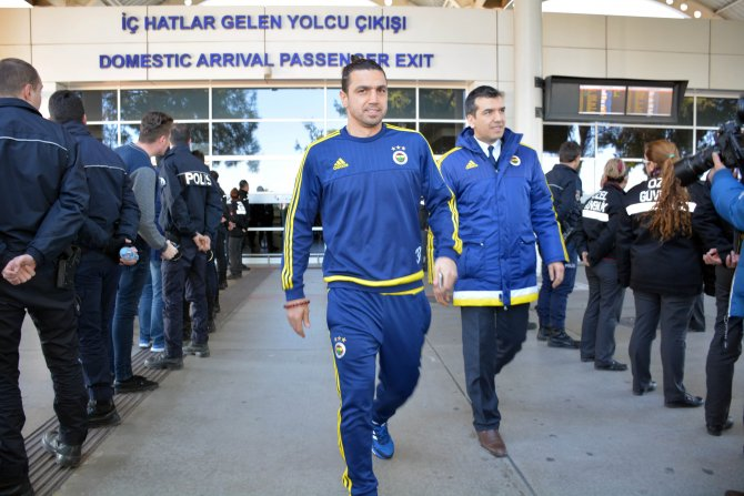 Fenerbahçe, kupa mesaisi için Antalya'da