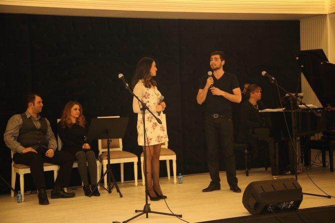İpek ve Bilkent Üniversitesi öğrencileri konser verdi