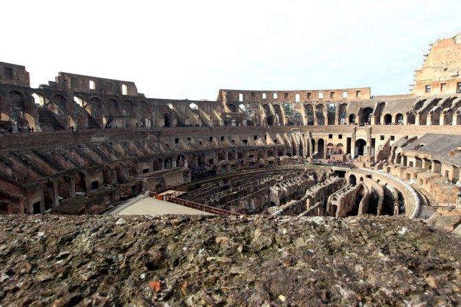 Ruhani, Roma ziyaretini Kolezyum'la noktaladı