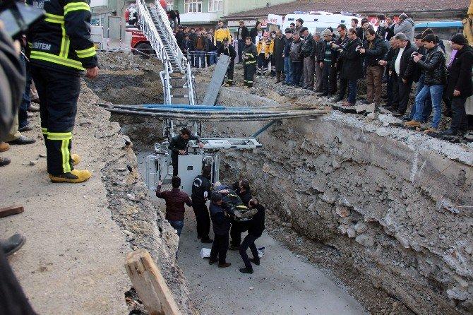 Tuvalete Giderken Kanal İnşaatına Düştü