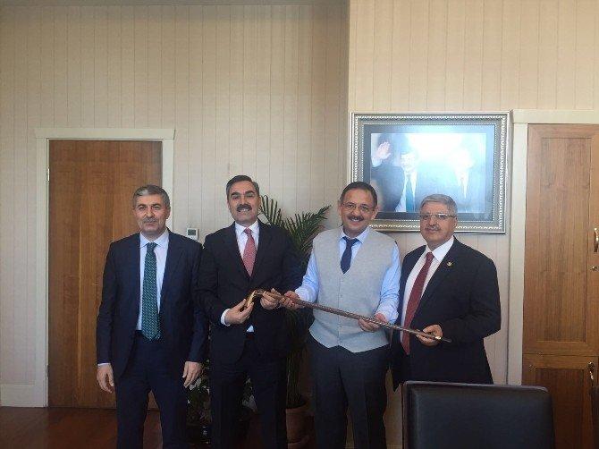 Kaymakam Tekbıyıkoğlu Ve Başkan Çoban'ın Ankara Ziyareti