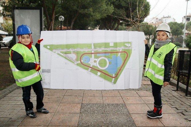 Konak'taki Parka 'Miniklerin Eli Değdi'