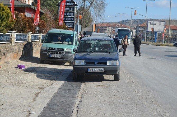 Kula'da Trafik Kazası: 1 Yaralı