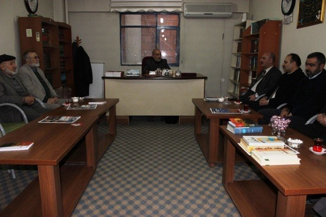 Müdür Cırıt'tan Ehlibeyt Alimler Derneği'ne Ziyaret