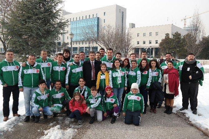 48 Gençlik Meclise Girdi