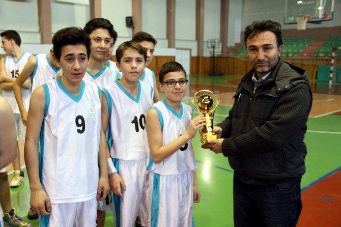 Kulüpler Arası Yıldız Erkekler Basketbol Turnuvası Sona Erdi