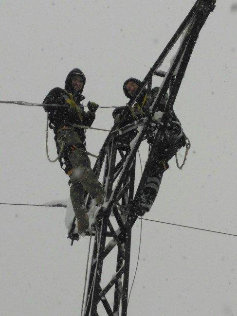 Kar Elektrikleri Kesti